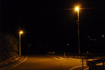 (主)柏崎高浜堀之内線県単道路照明整備道路照明灯設置工事